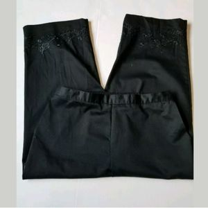 WOMEN'S ALFRED DUNNER CROPPED PANTS SIZE 14 BLACK
